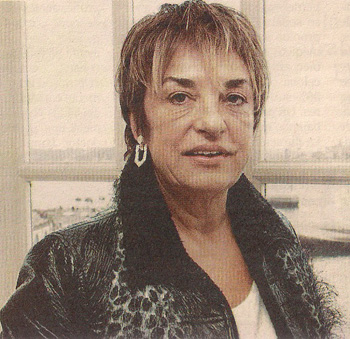 2000-11-10- La pijo-homófoba Rosalía Mera